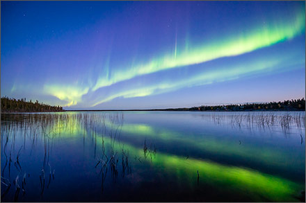 Evening twilight auroras